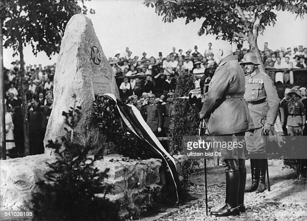 Hindenburg Paul von *02101847Offizier Politiker DGeneralfeldmarschallReichspraesident Besuch in Ostpreussen Generalfeldmarschall von Hindenburg am...