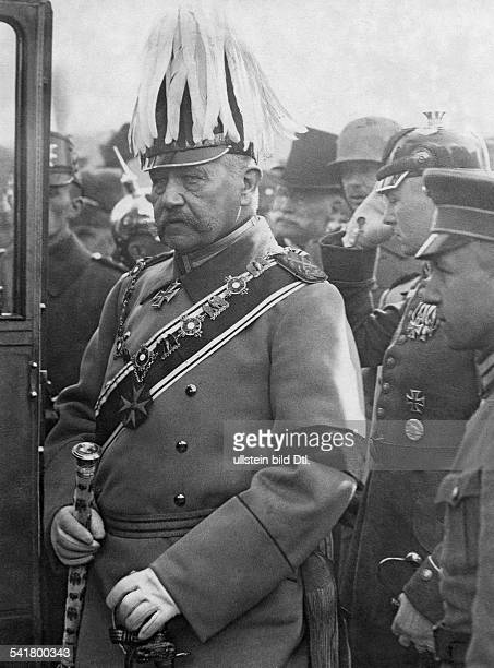 Hindenburg Paul von Officer Politician Field Marshal General President of the Reich Germany *02101847At the memorial ceremony of Empress Augusta...