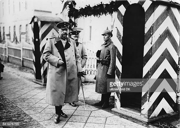 Hindenburg Paul von Politician Field Marshal General Germany *02101847President of the Reich the Field Marshal General taking over the command in the...