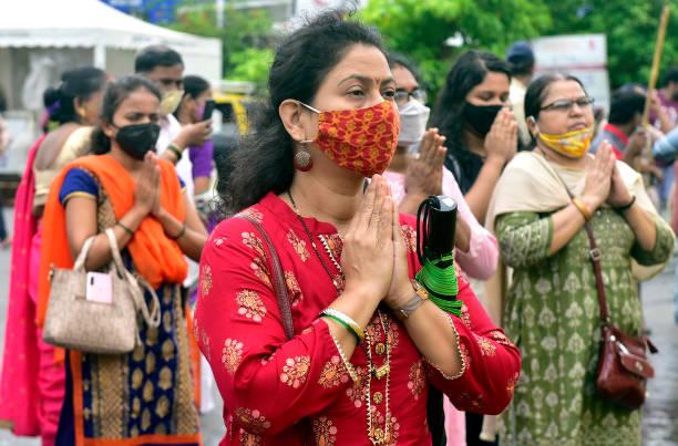 IND: Hindu Devotees Pray On The Occasion Of Angarki Chaturthi