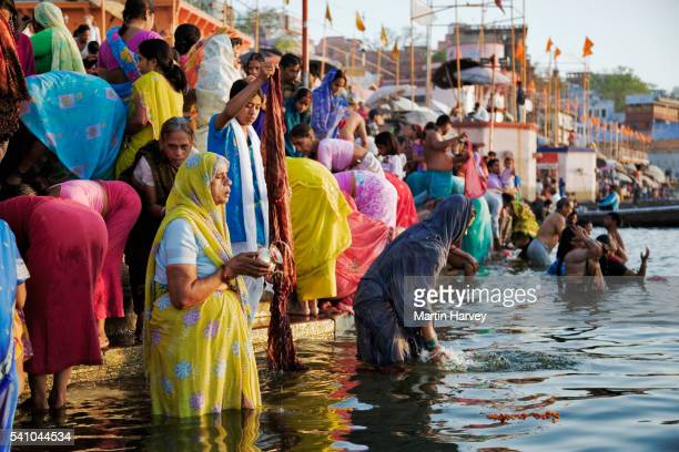 hindu pilgrims at the ganges river - river ganges stock pictures, royalty-free photos & images