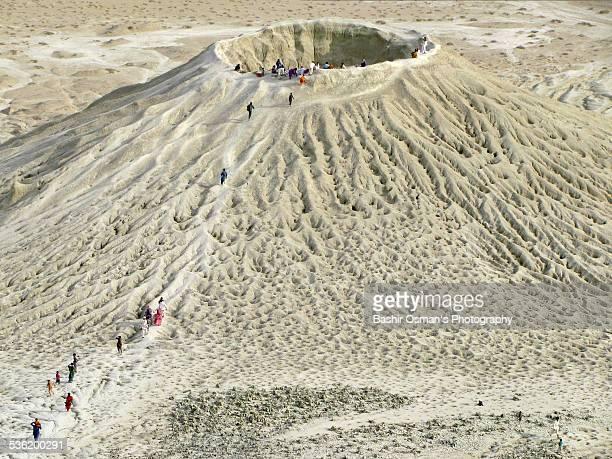 hinglaj pilgrimage - pakistani culture stock photos and pictures