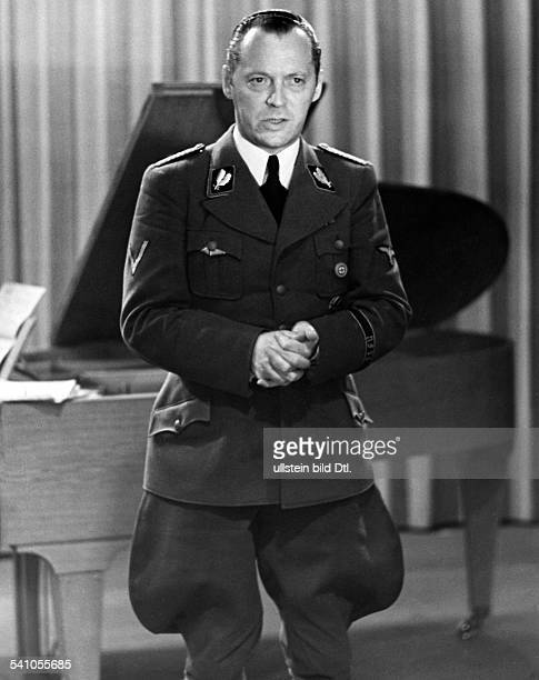 Hinkel Hans Journalist NSCulturalPolitician Germany * ministerial official in NaziGermany Photographer Curt Ullmann Published by 'Hier Berlin'...