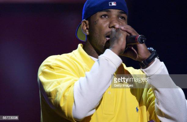 Hip Hop artist The Game performs at the ReAct Now Music Relief benefit concert at Paramount Studios on September 10 2005 in Hollywood California The...