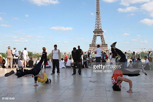 Hip hop dancers perform at the Trocadero in front of the Eiffel tower on June 21 2008 in Paris as part of the music festival the 'Fete de la Musique'...