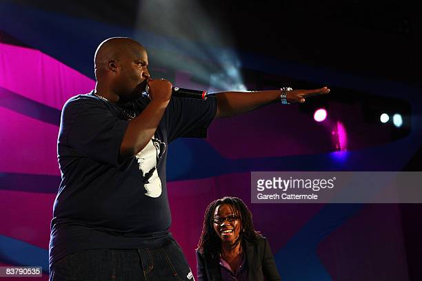 Hip Hop Pantsula, better known as HHP and Asa perform on stage at the MTV Africa Music Awards 2008 at the Abuja Velodrome on November 22, 2008 in...