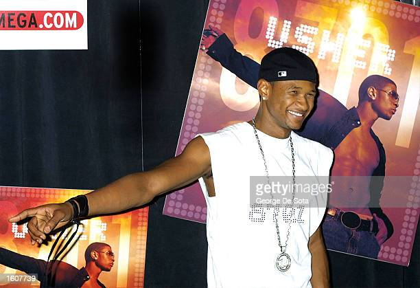 Hip Hop singer Usher has an in-store appearance and CD signing August 7, 2001 at the Virgen Mega store in New York City.