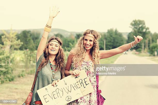 Ragazza Hippie autostop