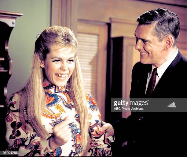BEWITCHED 'Hippie Hippie Hooray' Season Four 2/1/68 Darrin apologized to Serena after her arrest caused problems for him with the Tates