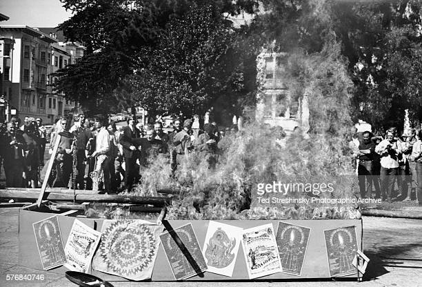 Hippies and the citizens of Haight Ashbury participate in a Hippie Funeral in which hippies attempt to rename themselves in lieu of the rampant drug...