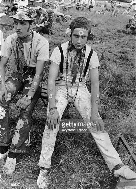 Hippy Teenagers At The Festival LoveIn In Woburn Abbey In England In 1967