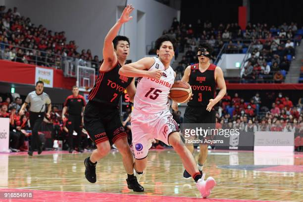 Hiroki Taniguchi of the Kawasaki Brave Thunders drives to the basket during the BLeague match between Alverk Tokyo and Kawasaki Brave Thunders at the...
