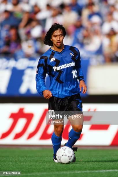 Hiromitsu Isogai of Gamba Osaka in action during the J.League Suntory series match between Gamba Osaka and Nagoya Grampus Eight at the Kobe...