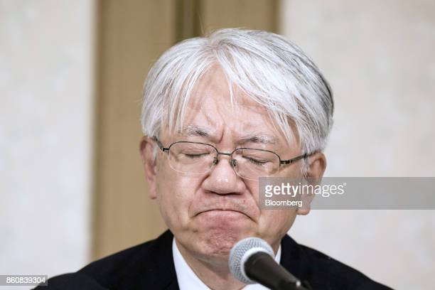 Hiroya Kawasaki president and chief executive officer of Kobe Steel Ltd pauses as he speaks during a news conference in Tokyo Japan Friday Oct 13...