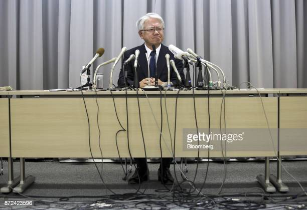 Hiroya Kawasaki president and chief executive officer of Kobe Steel Ltd pauses during a news conference in Tokyo Japan on Friday Nov 10 2017 Kobe...