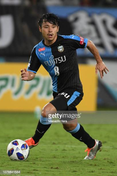 Hiroyuki Abe of Kawasaki Frontale in action during the JLeague Levain Cup quarter final second leg between Kawasaki Frontale and Kashima Antlers at...