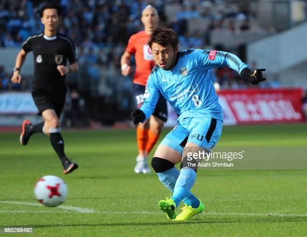 Hiroyuki Abe of Kawasaki Frontale scores the opening goal during the JLeague J1 match between Kawasaki Frontale and Omiya Ardija at Todoroki Stadium...
