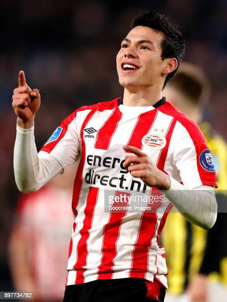 Hirving Lozano of PSV celebrates 21 during the Dutch Eredivisie match between PSV v Vitesse at the Philips Stadium on December 23 2017 in Eindhoven...