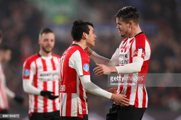 Hirving Lozano of PSV celebrates 31 with Marco van Ginkel of PSV during the Dutch KNVB Beker match between PSV v VVVVenlo at the Philips Stadium on...
