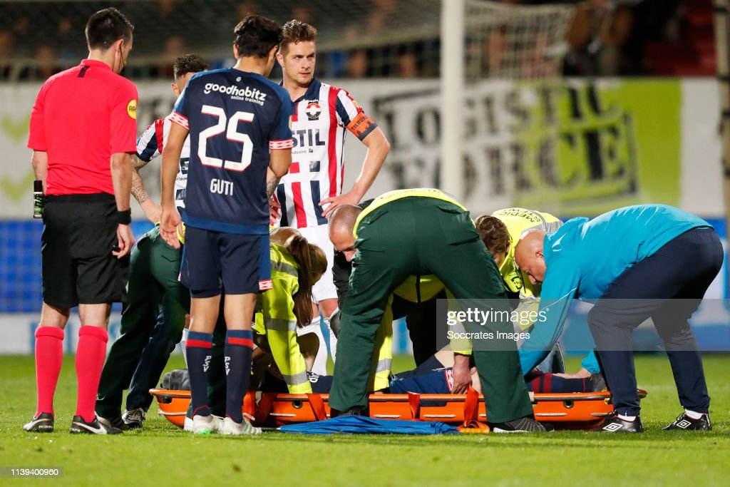 Willem II v PSV - Dutch Eredivisie : News Photo