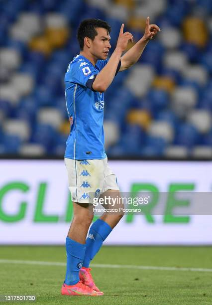 Hirving Lozano of SSC Napoli celebrates after scoring their side's third goal during the Serie A match between SSC Napoli and Udinese Calcio at...