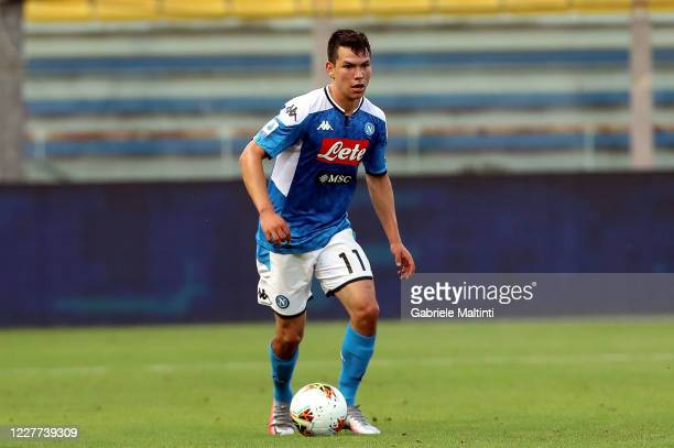 Hirving Lozano of SSC Napoli in action during the Serie A match between Parma Calcio and SSC Napoli at Stadio Ennio Tardini on July 22, 2020 in...