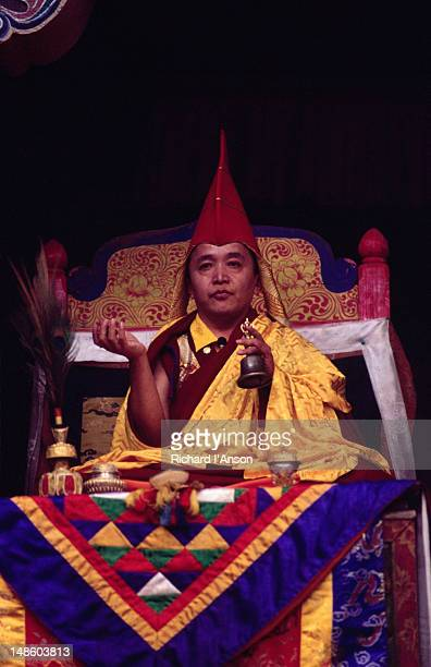 his holiness sang sang tulku presiding over the mani rimdu festival at chiwang gompa (monastery). - mani rimdu festival stock pictures, royalty-free photos & images