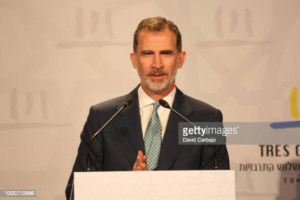 His Majesty King Felipe VI and the President of the Junta de Andalucia Susana Diaz attend the inauguration of the World Congress for Middle Eastern...