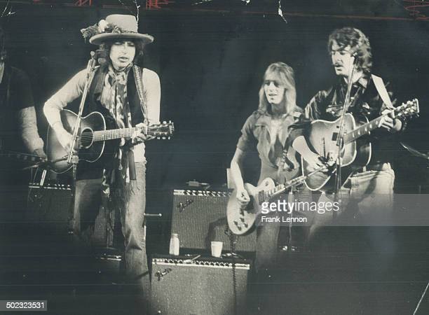 His rolling thunder revue making its way toward New York; Bob Dylan last night took centre stage before 16;000 people at Gardens; accompanied by a...