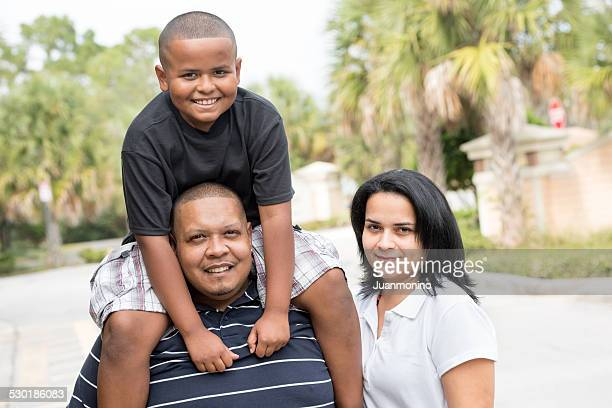 Hispanic family (real people)