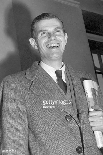 HissChambers Spy trial Continues Our photo shows Alger Hiss arriving at the Federal Court Building in New York City Ca 1940s50s