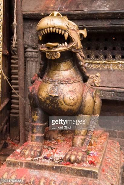 Historic bronce statue, Swayambhunat Tempel, Kathmandu, Nepal