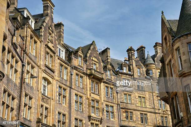 historic buildings in edinburgh's old town - old town stock pictures, royalty-free photos & images
