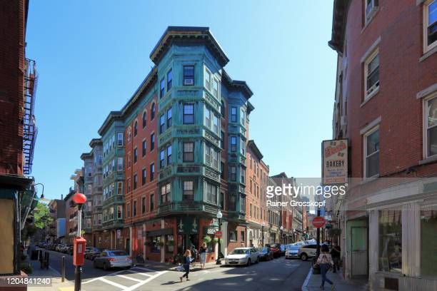 historic buildings in north end boston - rainer grosskopf stock pictures, royalty-free photos & images