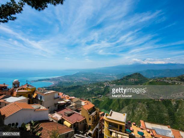 historic centre of castelmola with view of bay of giardini naxos, sicily, italy - naxos sicily stock pictures, royalty-free photos & images