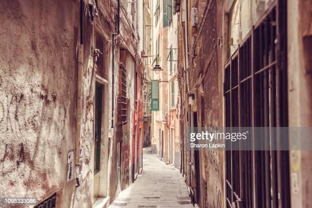 historic centre of genoa - イタリア ジェノヴァ ストックフォトと画像