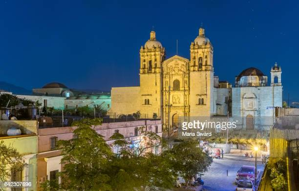 historic centre of oaxaca city with its landmark santo domingo church, mexico (part of unesco world heritage site) - oaxaca stock pictures, royalty-free photos & images