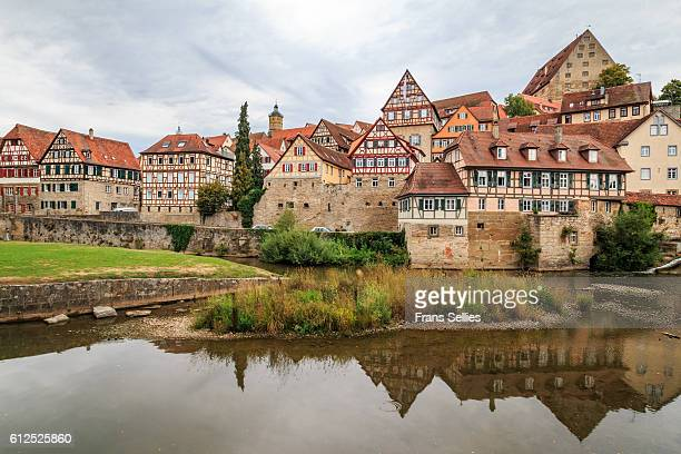 historic centre of schwäbisch hall on the kocher river, baden-württemberg, germany - baden württemberg stock photos and pictures