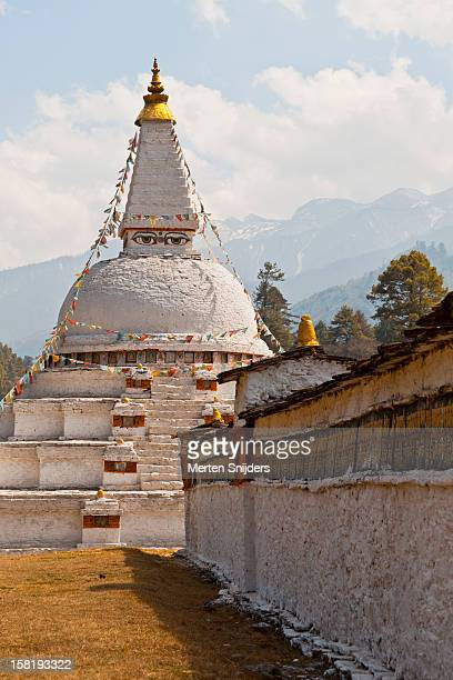 historic chendebji chorten stupa - merten snijders stock pictures, royalty-free photos & images