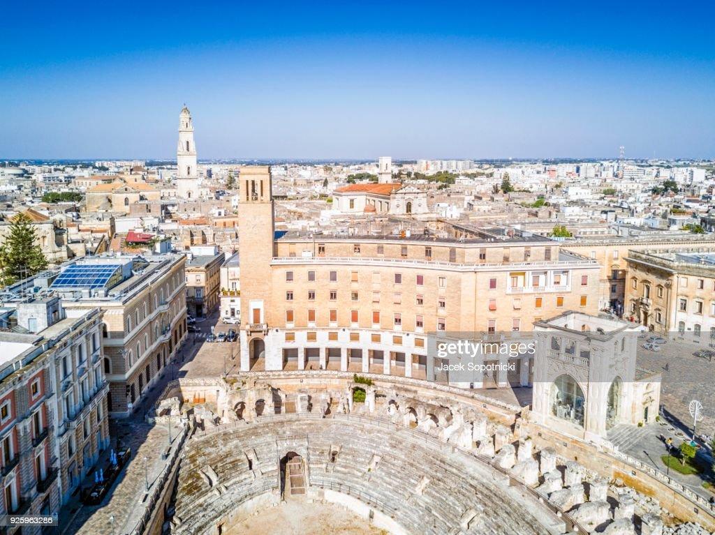 Historic city center of Lecce in Puglia, Italy : Foto de stock
