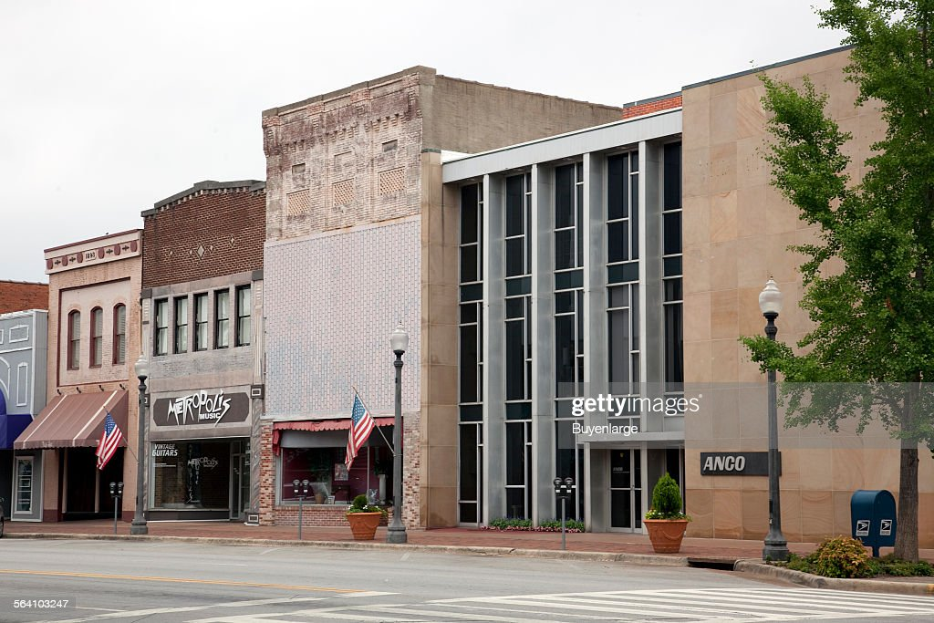 Historic downtown Florence, Alabama News Photo - Getty Images