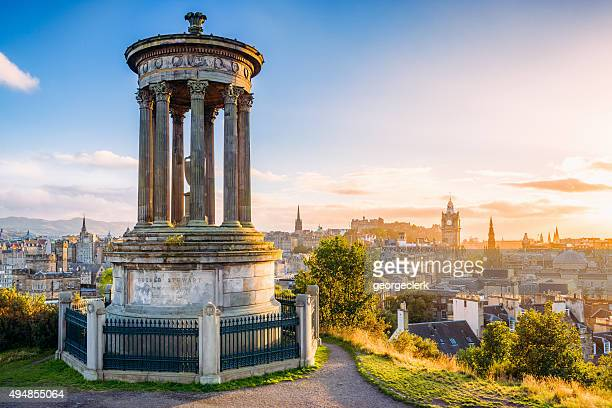 historic edinburgh from calton hill at sunset - schotland stockfoto's en -beelden