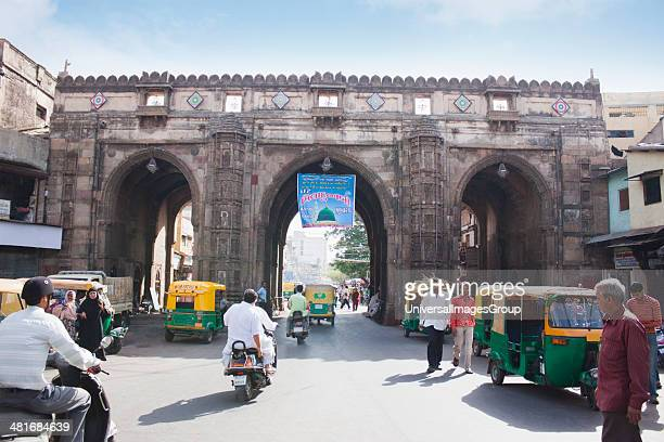 Historic gateway in a city, Teen Darwaja, Ahmedabad, Gujarat, India.