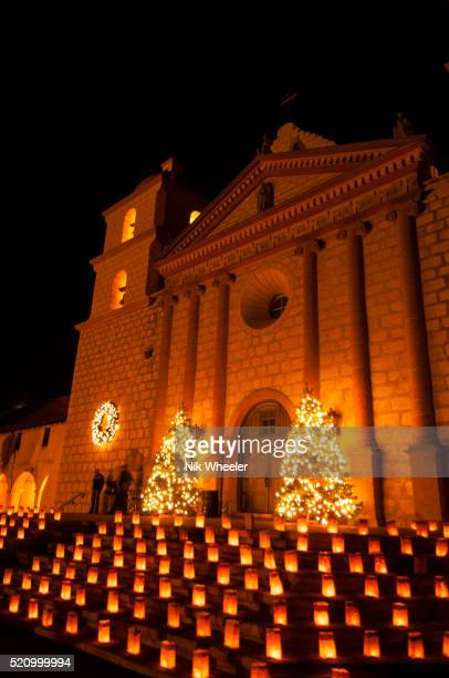 historic old mission santa barbara at christmas; santa barbara; california, usa - mission santa barbara stock pictures, royalty-free photos & images