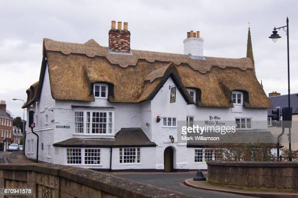 historic spalding pub. - spalding england stock photos and pictures
