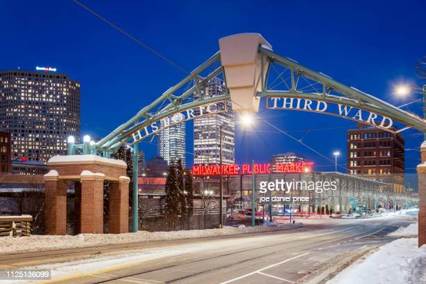 historic third ward, milwaukee, wisconsin, america - iowa_county,_wisconsin stock pictures, royalty-free photos & images