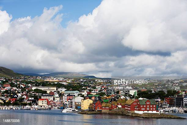 historic tinganes district with parliament building. - torshavn stock pictures, royalty-free photos & images