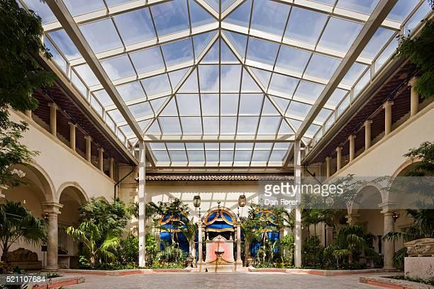 historic viscaya atrium and skylight - ビスカヤ県 ストックフォトと画像