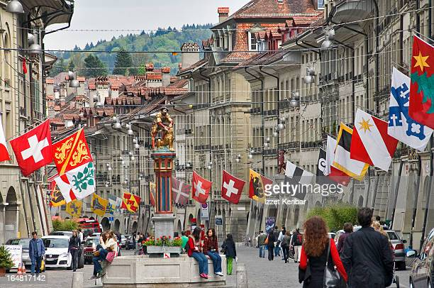 historical centre of bern - capital cities stock pictures, royalty-free photos & images