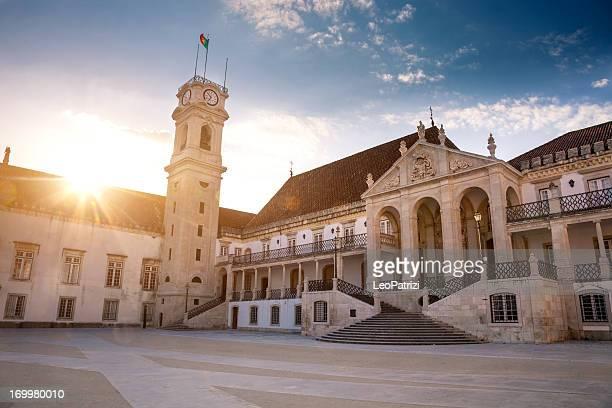 histórico de universidade europeia: universidade de coimbra - portugal imagens e fotografias de stock